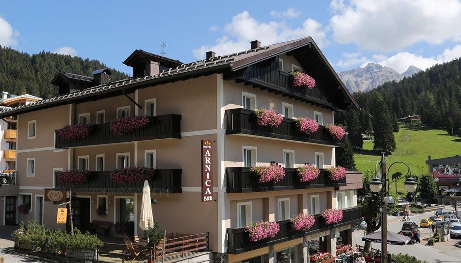 Foto Hotel Garnì Arnica