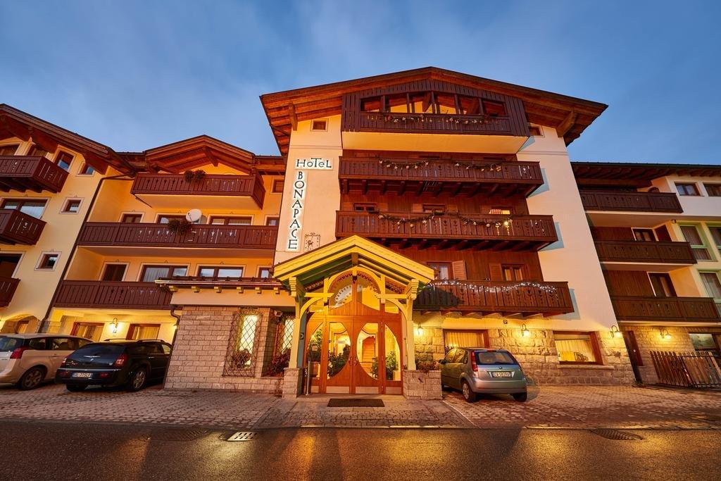 HOTEL BONAPACE Madonna di Campiglio, Albergo Bonapace ...