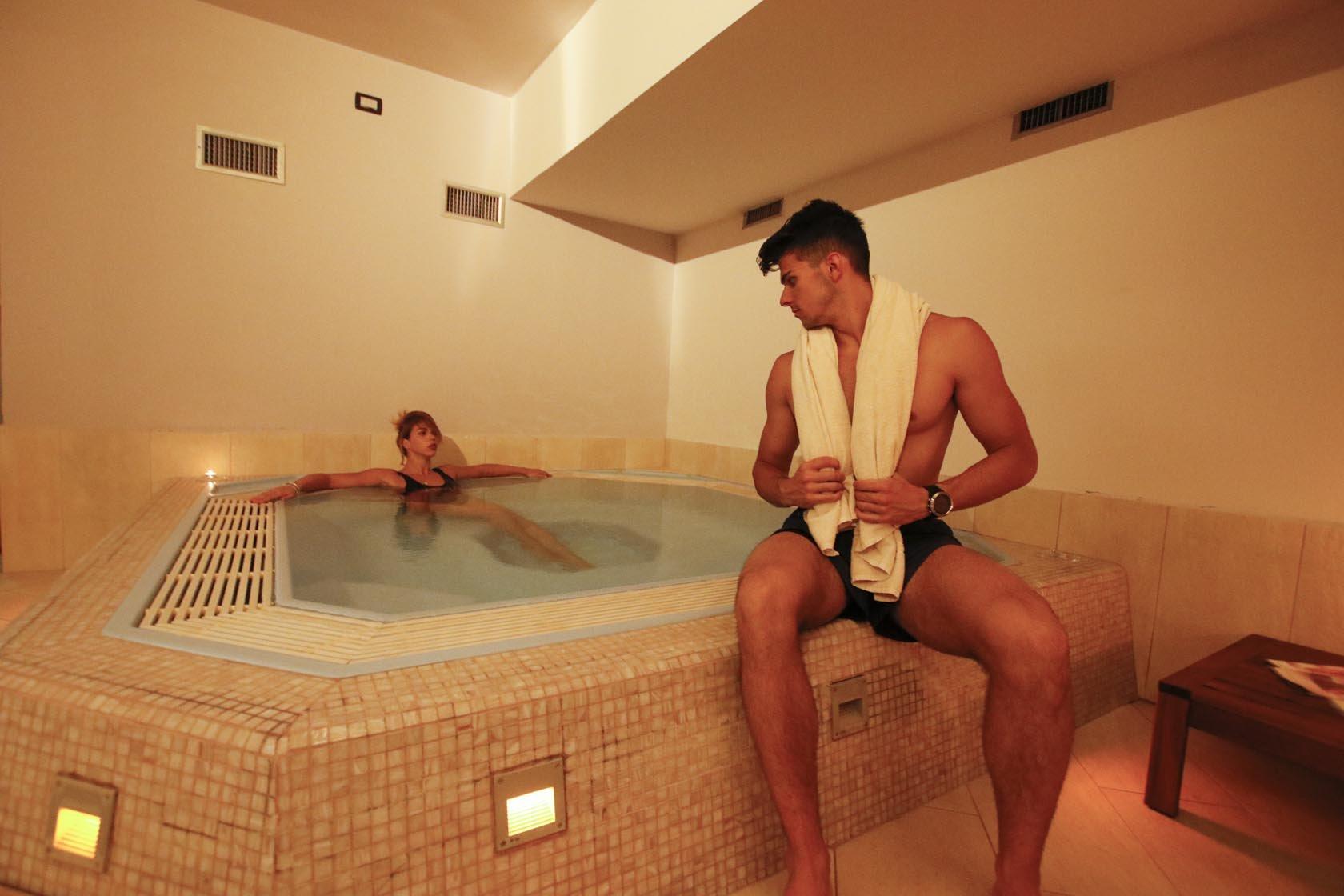 Grifone Hotel - Vasca idromassaggio